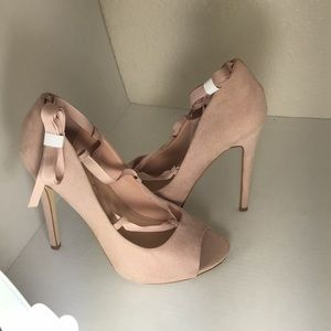 New Baby Pink Peep toe pumps